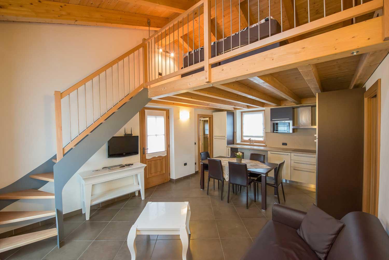 Appartamento per vacanze a livigno casa gallo bormolini - Cucina con soppalco ...